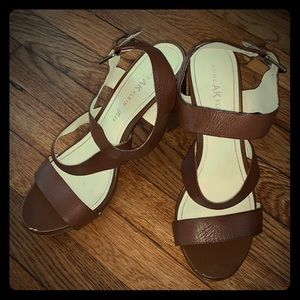 Anne Klein tan and gold block wedges